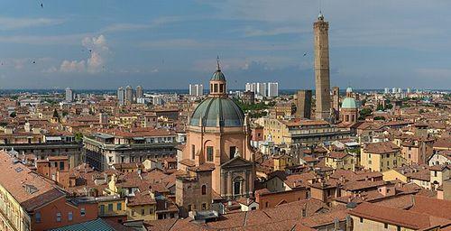 「コモンズとしての都市」プロジェクト:イタリア・ボローニャ市と市民の協力によるコモンズの管理