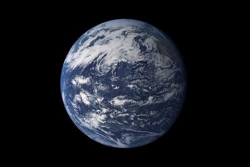 2015年の「地球の自然予算を使い果たした日」は8月13日