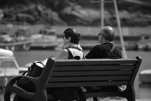 日本の高齢者の半数以上、「老後の蓄えが足りない」と回答、米国の2倍以上に及ぶ