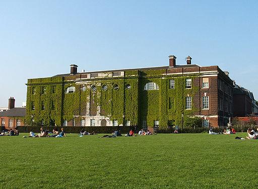 ロンドン大学ゴールドスミス校、学内での牛肉の販売を禁止 気候変動対策の一環として