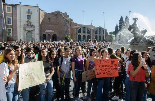 イタリア、若者への「気候変動」「持続可能性」教育の実施を決定
