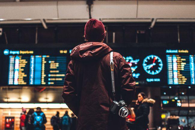 「飛行機を頻繁に利用する人」への課税は、CO2排出削減と「公平な旅行」に役立つ:英国の研究より