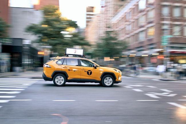 ドライバー自身が会社のハンドルを握る:協同組合型配車サービス